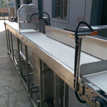 Conveyors & Material Handling Systems